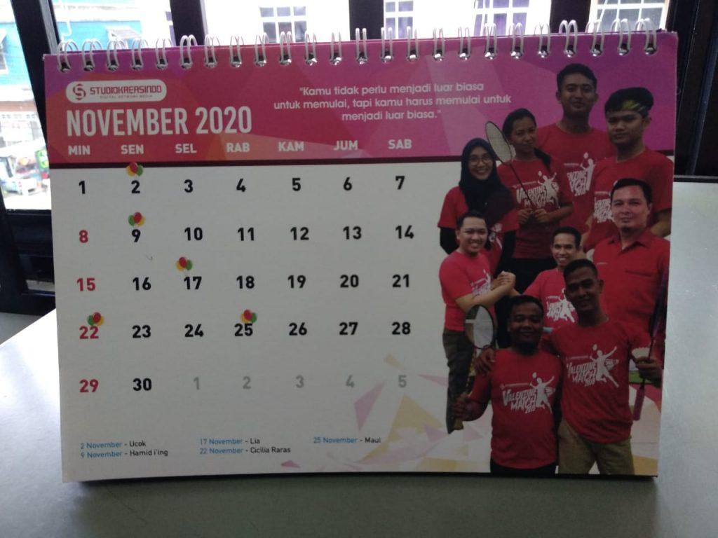 Cetak kalender 2021 Palembang